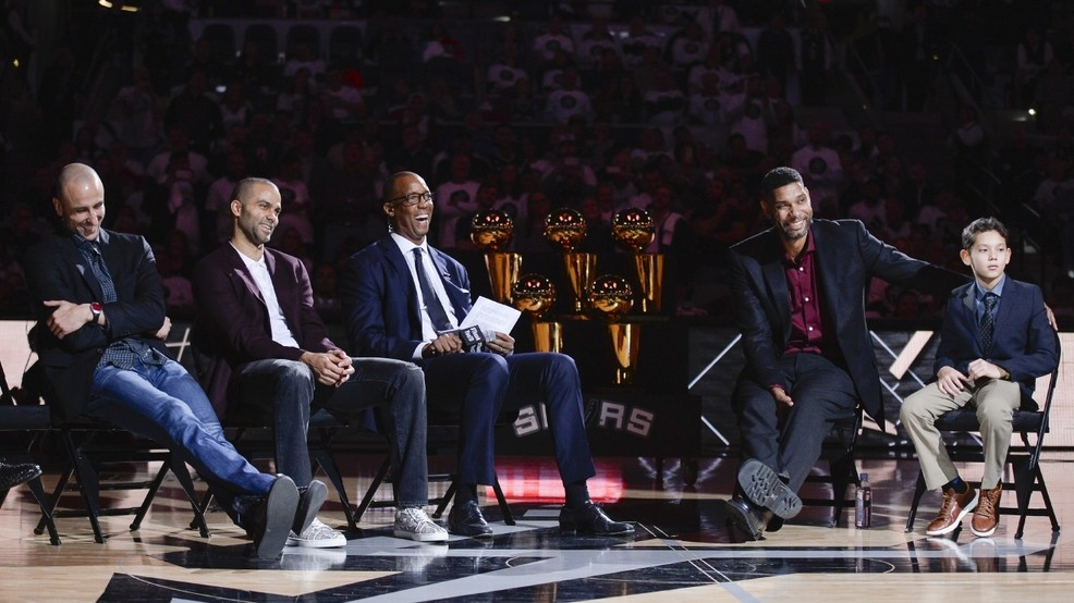 Spurs honor Duncan with emotional ceremony  8e6d88812
