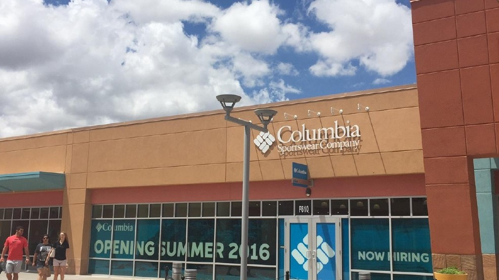 ce9e64613 Columbia Sportswear celebrates grand opening at the Outlet Shoppes ...
