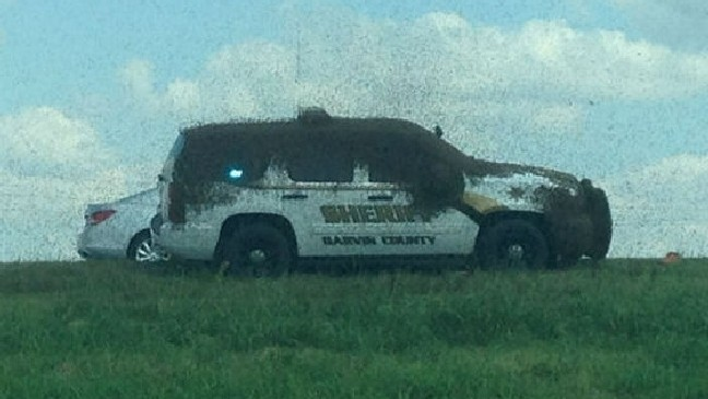 Video: Semi truck carrying bees overturns